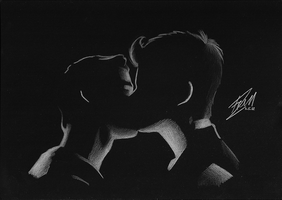 Klaine - kiss in the dark by ivy11