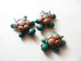 Tiny Polymer Clay Turtles by Saru-Hime