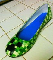 Creeper Shoe by LaggyCreations
