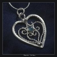 Filigree heart by craftal