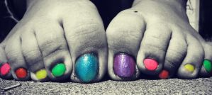 Rainbow Toes by Skysofdreams