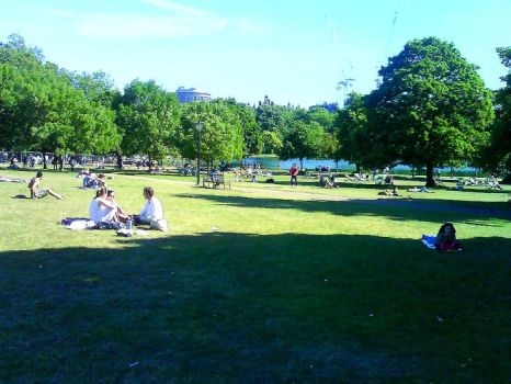 hyde park1 by anginaaa