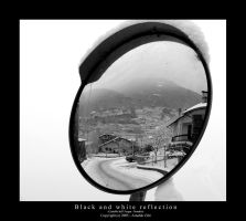 Black and white reflection by Arnaldo-aka-Homer