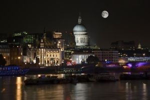 St Paul's Cathedral, London by FillyDan