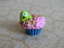 Alien Cupcake-Polymer Clay-Halloween by ThePetiteShop