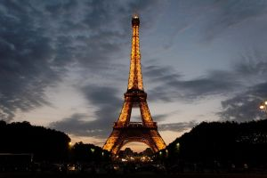 Eiffel Tower, Paris by artspring