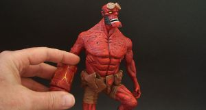Angry Hellboy step by step pictures by figuralia