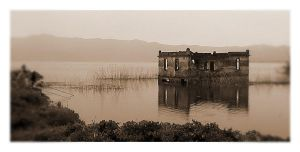 House in the lake by leezig0