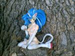 Felicia on a tree by J05