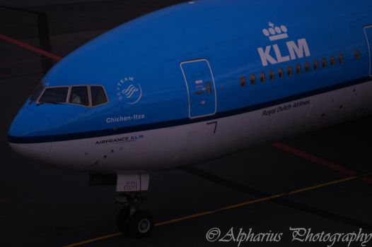 Schiphol Airport 7 by Alpharius-Omegon
