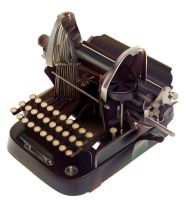 Type Writer by irmiarieli