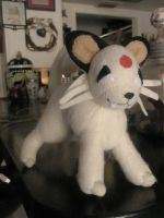 Persian Plush by Vulpes-Canis