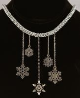 Cascading Snow Full Persian Chainmaille Necklace by ArmouredWolf907