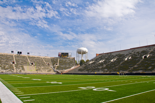 Kinnick Stadium+UI Water Tower by g00b3rs