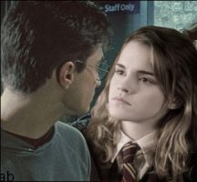 Harry Hermione Close by ashiebug