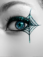 Glitter Spider Eye by Crazy-Kiwii