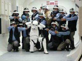 Fleet troopers kick ass by Mace2006
