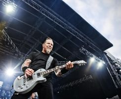 Metallica II by HenriKack