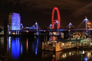 View of London Eye at night! by jay4everuk
