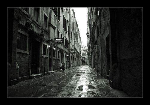 venetian alley by ssilence