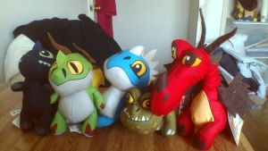 ALL THE How To Train Your Dragon Bop Me Plushies by PokeLoveroftheWorld