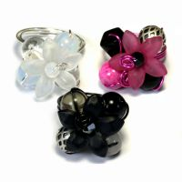 3 Flower rings bundle - White Black and Hot Pink by CatherinetteRings