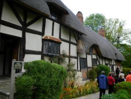 Anne Hathaway's Cottage by TheBuggiest