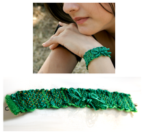 green fly bracelet by dovespirit