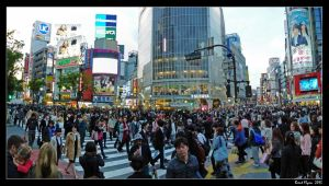 Shibuya Crossing by DarthIndy