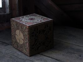Lemarchand puzzle box by Gutalin