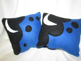 Huzzah! Luna Cutie Mark Pillows by buttsnstuff