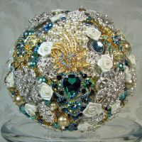 Brooch Bouquet Emerald and Teal by Platycerium