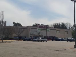 Marquette Cinemas Southpoint Theater 02 by CrappyMSPaintArt