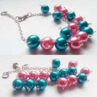 Pearl Beads by CairoWhite