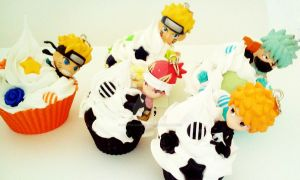 Bleach and Naruto cupcakes by AndyGlamasaurus