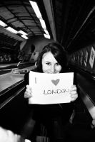 Does she Love London ? by Eocene-ic
