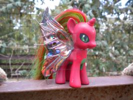 Unnamed Drony Custom MLP by WeepingPiano