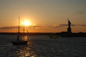 Statue of Liberty by Liko