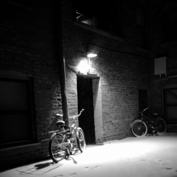 Lonely bike by HuanBao