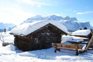 Hut through the snow by Llucas84
