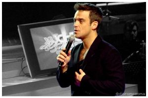 Robbie Williams at Canal 13 by djcromosoma