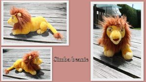 Adult Simba beanie by Laurel-Lion
