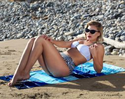 Beach Pin Up 1 by Cesar237