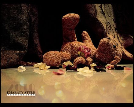 . Broken-Heart Bear . by emaraty-style