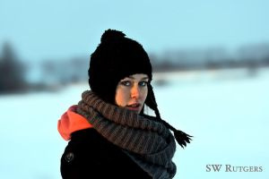 Portrait in the snow II by swrut