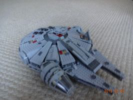 lego millenium falcon by andyjshi