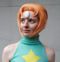 Steven Universe Pearl - Close Up by sleepyotter