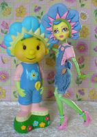 Custom Monster High Fifi Flowertot and figure by redmermaidwerewolf