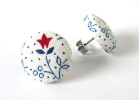 Christmas stud earrings winter white blue red by KooKooCraft