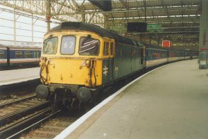 Class 33 at Waterloo by klambert94